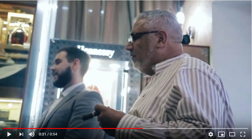 В рамках визита в Россию Вице президент компании ALEC BRADLEY, George Soso посетил салон «Сигары и Виски» на Маяковской.