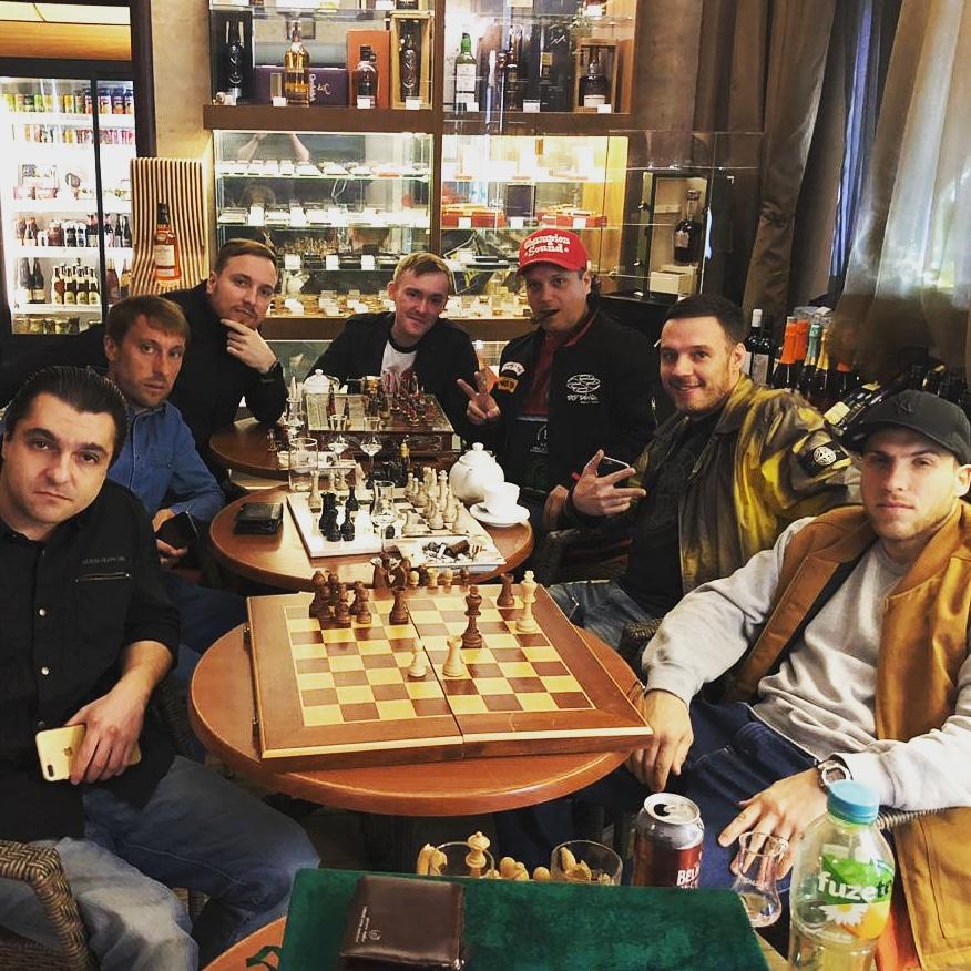 Сигарно-Шахматный турнир в салоне СИГАРЫ И ВИСКИ продолжается …