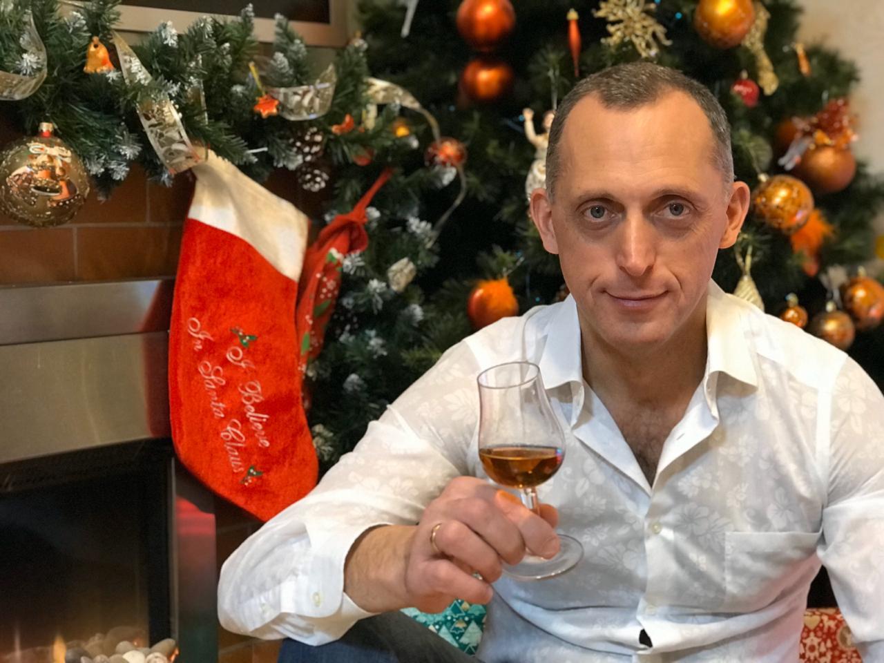 Пусть сбудутся Ваши мечты! С Новым годом! Игорь Глозман СИГАРЫ И ВИСКИ