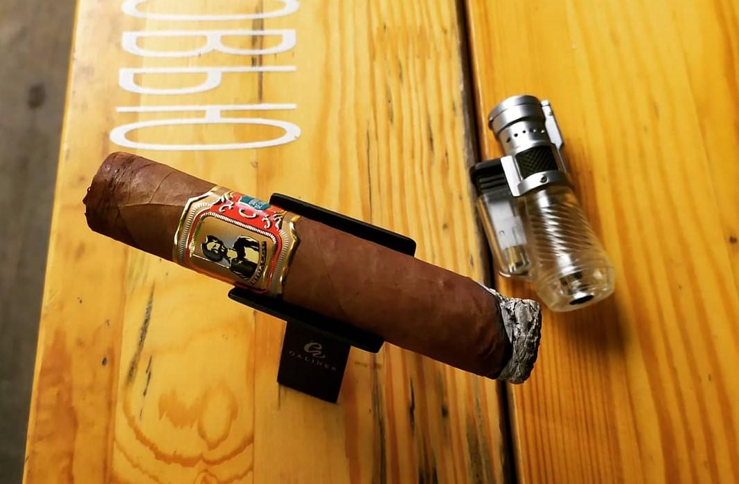 Сегодня мы покурим сигару Higaldo Sancho. ✔Формат — Super Robusto. Обзоры от Ивана